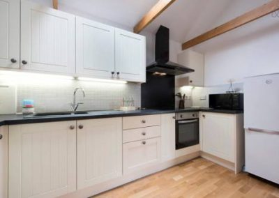Stable Oak Kitchen